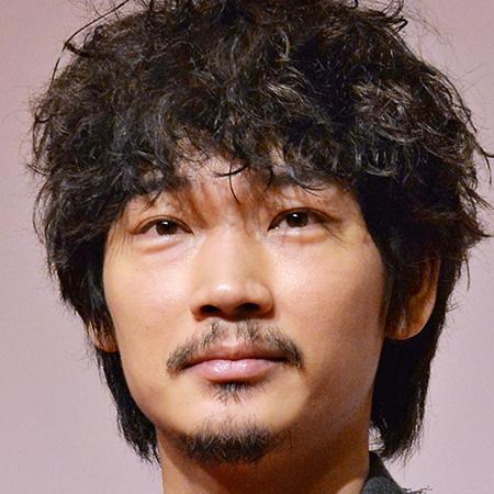 6月21日放送の「UWASAのネタ」(日本テレビ系)に出演したものまねメイクで知られるタレントのざわちんが、お笑いコンビ・ザブングルの加藤歩に施した綾野剛風メイクが