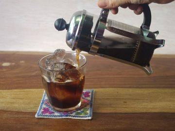 アイスコーヒーを淹れるなら、手軽にコーヒープレスで。【コーヒープレス古今東西】