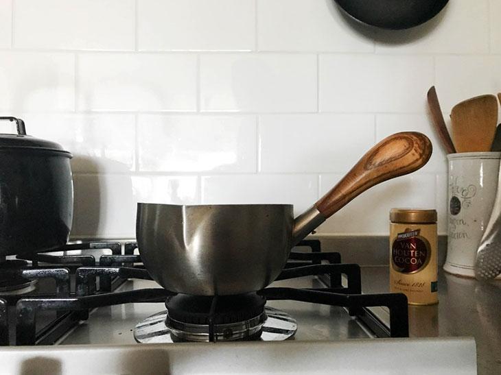 愛されて30年!工房アイザワの「ミルクパン」は、デザインも使い勝手も超一流