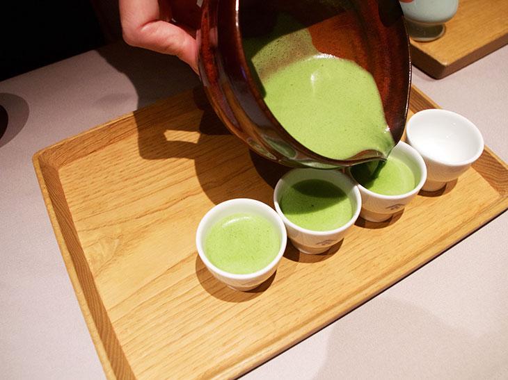 飲み お 方 抹茶 抹茶の正しい飲み方は?茶室の作法・マナーやルールもあわせて解説