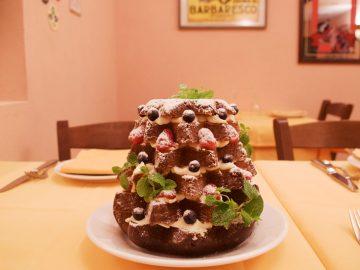 イタリアのクリスマスに欠かせない伝統菓子「パンドーロ」の華麗なる変身がすごすぎる!