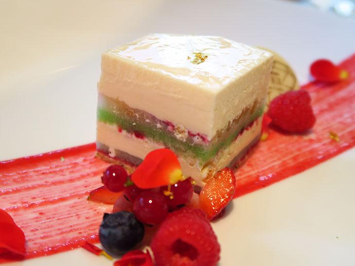 ハーゲンダッツを使ったワンランク上の「アイスクリームケーキ」が期間限定で登場!