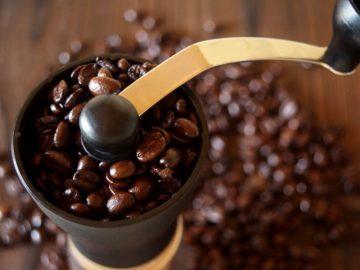 おいしいコーヒーを飲むならやっぱり「ミル」を買うべき理由|コーヒープレス古今東西