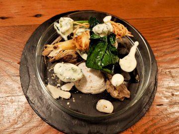 【ヒミツめし】残りがちなそうめんでカリッと揚げた海老フライ|『クーリ』折笠龍馬さん