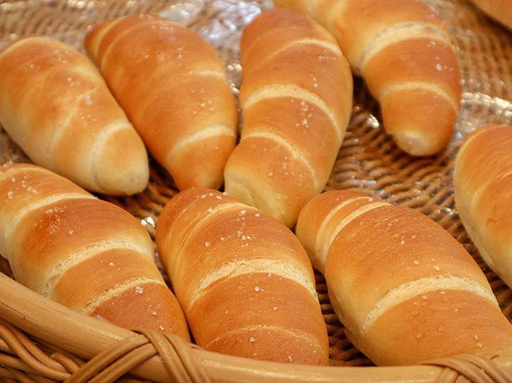 1日6000個売れる元祖「塩パン」が東京に進出。さっそく並んできた!