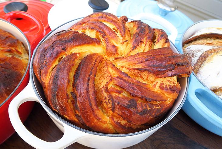 フルール・ドランジェはディナータイムにもぴったりな食事パン。
