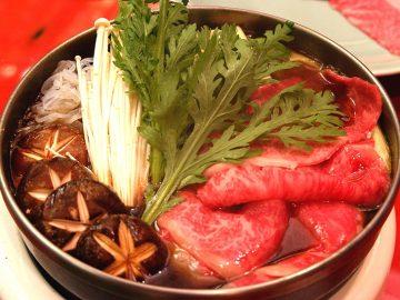 霜降り肉とどう違う? 浅草の名店『ちんや』で「適サシ肉」のすき焼きを食べてきた!