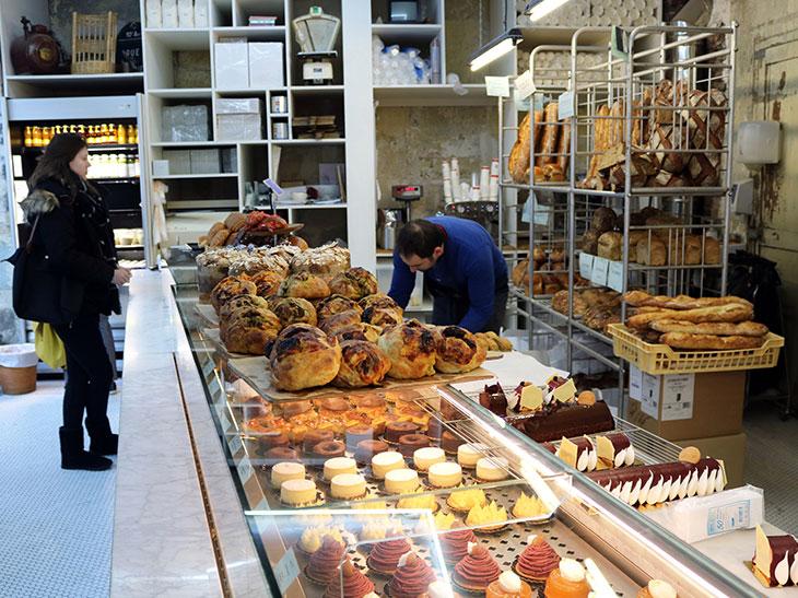 パリの本店の様子