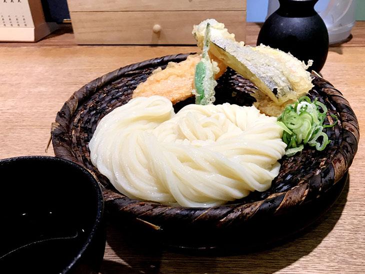 「野菜天ざる」950円