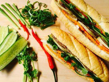世界で最も美味しい屋台料理の1つベトナムのサンドイッチ「バインミー」を提供するお店が下北沢にオープン!