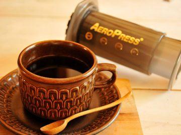 初心者でも簡単! 世界中にファンがいる「エアロプレスコーヒー」でコーヒーを淹れてみた
