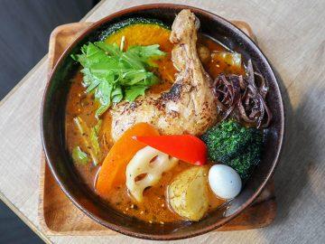 1時間並んでも食べたい! 札幌スープカレーの名店『がらく』が東京進出。名物の「レッグチキン」が旨すぎる!