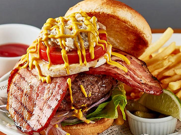 ド迫力バーガーを喰らい尽くせ!「六本木グルメバーガーグランプリ」で食べたい豪華絢爛なハンバーガー5選