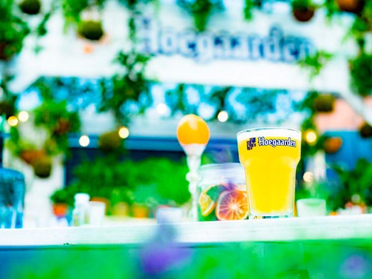 夏休みはドイツビールで乾杯! 「ヒューガールデン」プロデュースのビアガーデンが渋谷にオープン