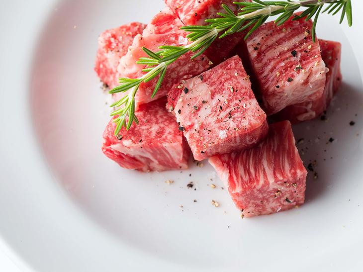 最高級和牛の焼肉店が青山に登場!『焼肉 USHIDOKI TOKYO』の熟成牛肉を食べてみた