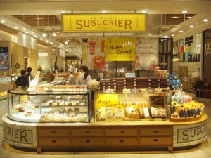PATISSERIE SUSUCRIE (パティスリー シュシュクリエ)丸の内店