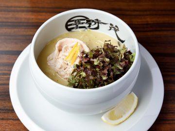 埼玉の名店『麺屋時茂』がついに東京へ! 鶏の可能性を極限まで引き出した美しき「鶏白湯」