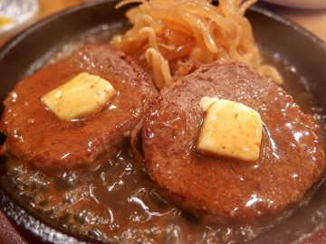 """浅草の老舗『レストランちんや亭』の「ロールビーフ」という""""謎肉""""が想像以上に旨かった"""