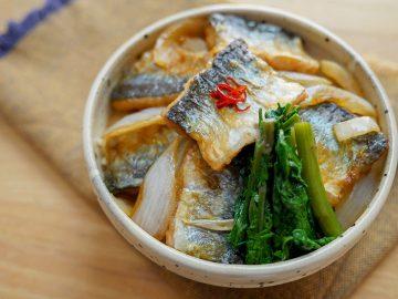 すぐできる男子つまみ! 旬のサンマでごはんが進む「秋刀魚の南蛮漬け丼」が旨い!