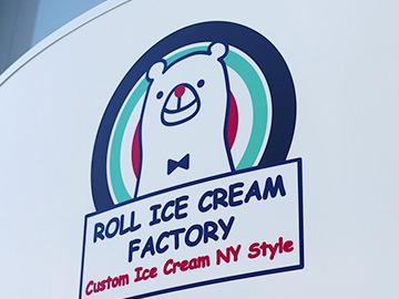 ROLL ICE CREAM FACTORY(ロールアイスクリームファクトリー)原宿・表参道本店