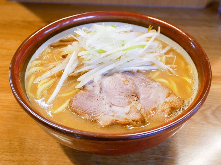 「味噌らーめん」800円