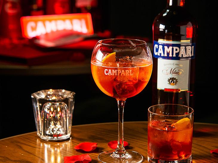 人気再燃! イタリアの銘酒「カンパリ」を自宅で楽しむためのカクテルレシピ