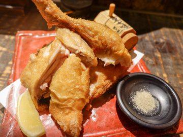 柔か&旨みがスゴい! 『てっぺん渋谷女道場』で、豪快「ひな鳥半身揚げ」を食べてきた