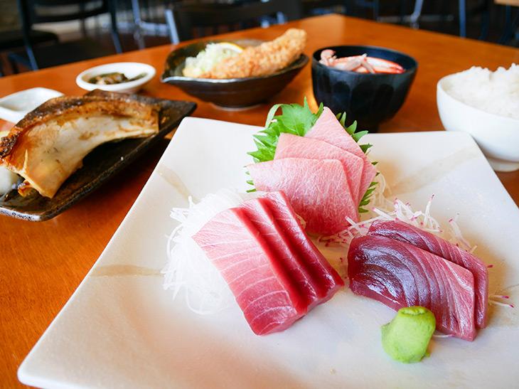 年末にマグロを食べるなら、三崎港・市場直結『魚市場食堂』でを狙うべし!
