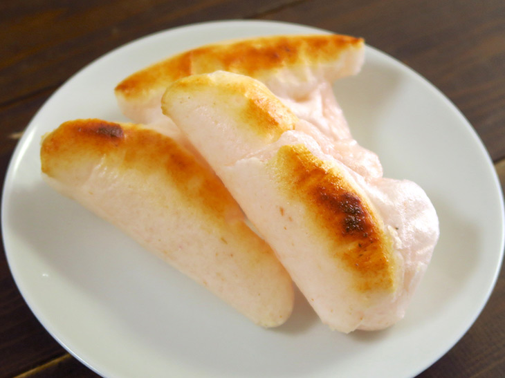 かき餅も焼いてみたところ、きれいに膨らみながらちょうどいい焦げが付いた