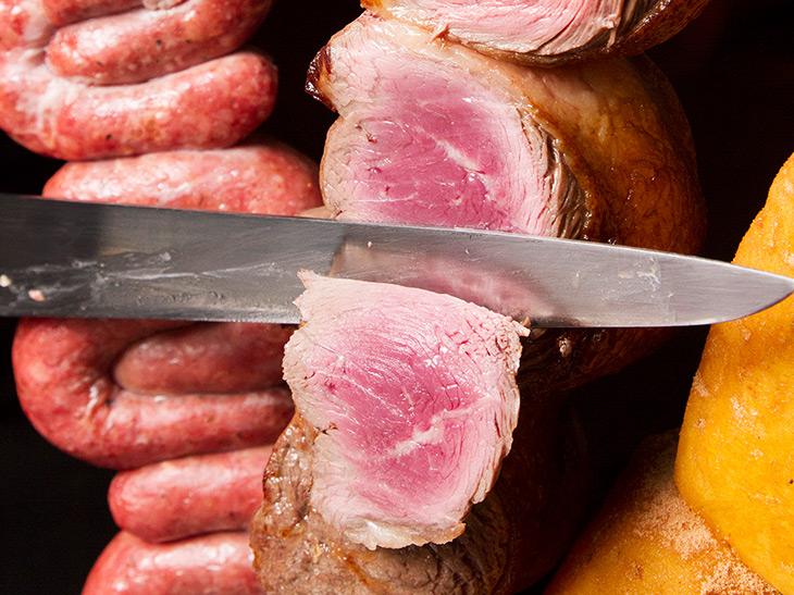 肉の嵐! ブラジルタウン・群馬県大泉町のシュラスコ専門店『プリマベーラ』のすごい実力