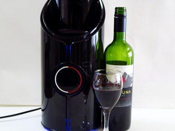 1,000円以下のチリワインがヴィンテージワインに変身!? 「ソニック・デキャンタ」でワインは本当に美味しくなるのか?