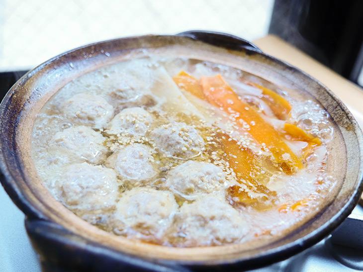 しょうが豚団子と大根の熱々ひとり鍋