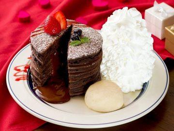 濃厚チョコで福来たる! 『エッグスンシングス』から新年&バレンタインにぴったりな期間限定パンケーキが登場
