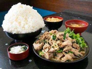 埼玉デカ盛りの名店! 定食屋『古都』で総重量約3kgの「スタミナ定食」を食べてきた