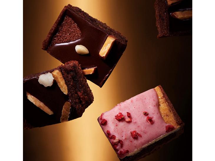 「アッパーイーストサイド チョコレートタルト」、「アッパーイーストサイドストロベリーチョコタルト」共に1,080円