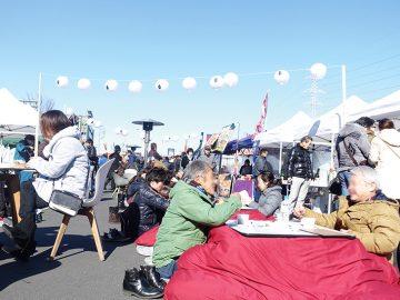 シュールで楽しい! 野外のコタツで日本酒を楽しむ千葉の面白イベント「酒と祭」が今週末から