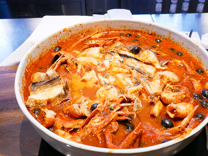 深海魚たちの競演、「ズッパディペッシェ」はイタリアの漁師料理