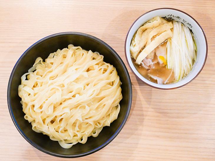 新宿御苑の人気店『小麦と肉 桃の木』が復活! ラーメン官僚を虜にする至極のつけ麺とは?