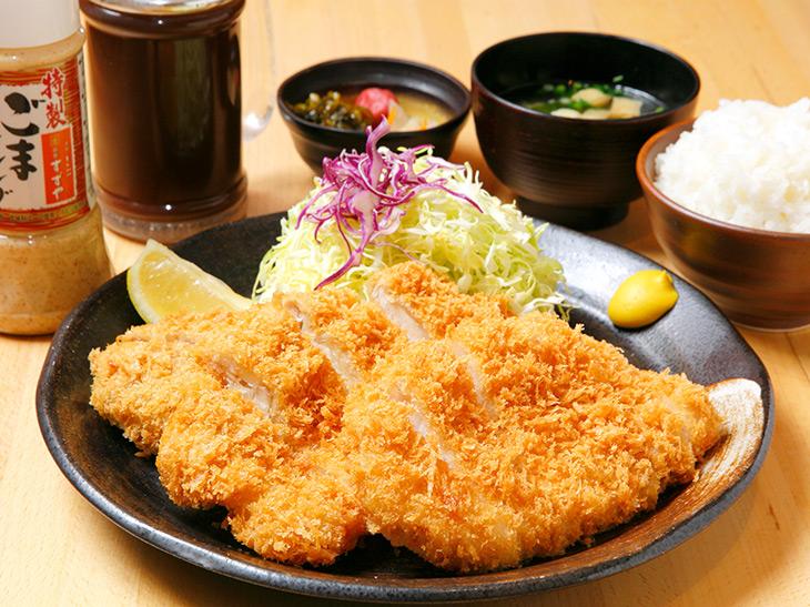 ゴハンのおかわりしすぎに注意! 『新宿すずや 秋葉原店』で「メガ盛り定食」を食べてきた