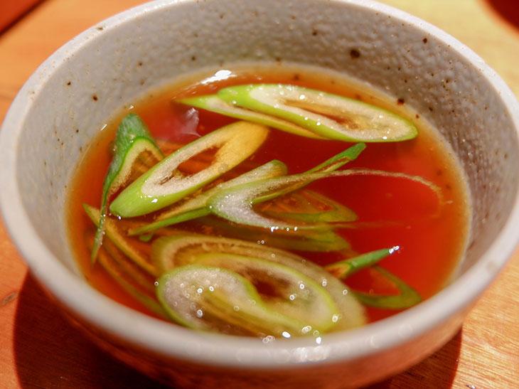 4種の柑橘類と銚子の醤油で作ったオリジナルのポン酢