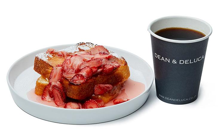 フレンチトースト ストロベリー&クリームチーズ+コーヒー(S)900円