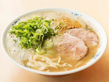死ぬまでに食べておきたい! 博多の超人気店『八っちゃんラーメン』が新横浜ラーメン博物館に出店