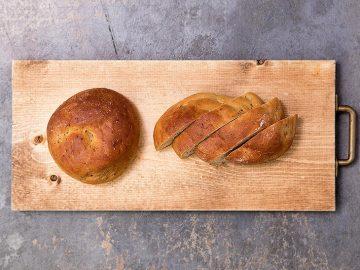 期間限定カフェも登場! 1食分の栄養素がとれる完全栄養パン「BASE BREAD」の魅力とは?
