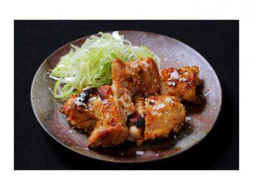 銀座コリドー街『舌舌』で奥三河どりの絶品「もも塩焼き」を食べてきた