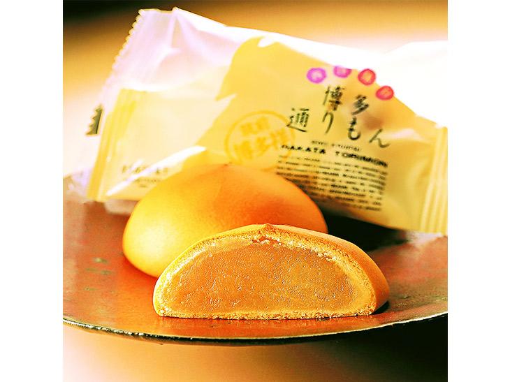 福岡市『名月堂』の「博多通りもん」560円(1パック5個入り)