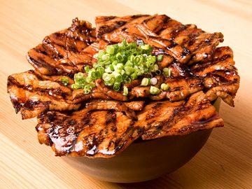 ごはんが無限に食べられる! 東京で「絶品豚丼」が食べられる店5選