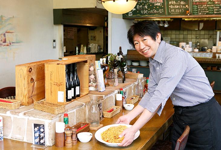 代表の生原雄太さん「パスタ食べ放題のコースもありますよ。大喰いの方に特におすすめ!」