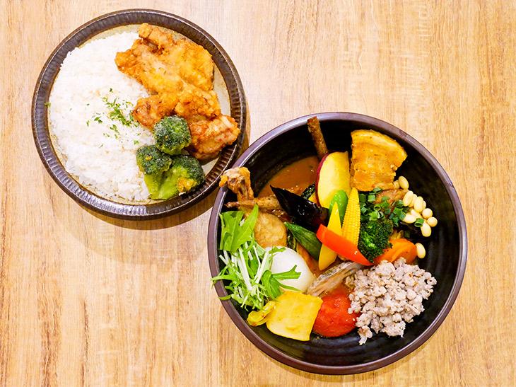 「侍.スペシャル」1,880円にライスLLLで+150円、トータル2,030円。野菜の種類がすごい!