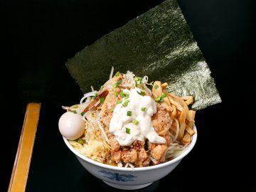 総重量1.8kg! 『江戸川ヌードル 悪代官』で「特ヌードル麺倍盛り&野菜増し」を食べてきた
