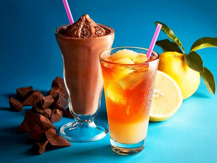 飲んだ瞬間から涼しい! タリーズに夏季限定「チョコリスタ」と「フルーツティー」が登場